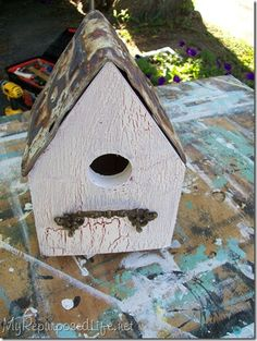 Get this terrific bird house by using some scrap wood and a nice rusty ol' licence plate. The birds will love it.......D.