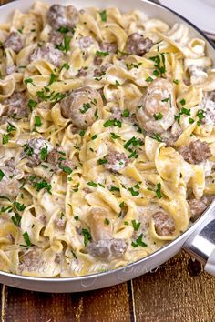 Skillet Stroganoff This seems WAY better than one I pinned before. Scratch that, choose this one!