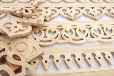 Резной декор из дерева для мебели и интерьеров Санкт-Петербург, Ленинградская область продам Столярные изделия