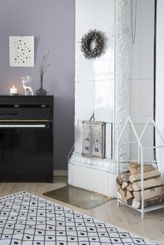 Costa Firewood rack | Pentik Christmas 2017 | Costa Firewood Rack is made of black or white painted iron.  It can be used for various storing purposes, such as for magazines or nap blankets for your guests. Decor, Christmas 2017, Home, Decor Design, Nap Blanket, Firewood Rack, Inspiration