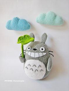 Crochet pattern crochet totoro hat with earflaps by elisascrochet totoro pdf crochet pattern by pfang on etsy dt1010fo