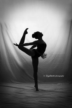 Bethan Ricketts - Dancer