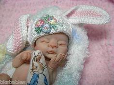 OOAK POLYMER CLAY FULL SCULPT BABY GIRL NEWBORN MINIATURE 3 INCHES
