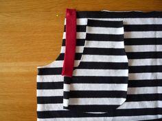 Dámské úpletové šaty s pružným pasem a kapsami | Sewing Patterns, Fashion, Bags Sewing, Moda, Fashion Styles, Patron De Couture, Fashion Illustrations, Dress Patterns