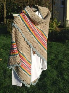 Craft Hippy: Crocheting and Talking ..... A lot!: Nordic Shawl Ta-Dah!