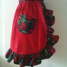 Sew a rock n' roll frilly apron: free pattern