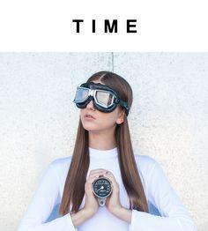 TIME by Marina Cenacchi / Estudio Creativo