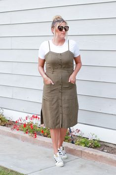 Fashion: The Fashionista Momma | Affordable Mom Style Fashion Blog | Tie Waist Dress 3 Ways | Spring Style | Summer Outfit | Olive Dress #dress #springstyle Style Summer, Spring Summer Fashion, How To Wear Sneakers, Coats For Women, Clothes For Women, Olive Dress, Style Fashion, Fashion Outfits, Chambray Top