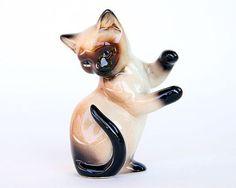 cat figurines   Siamese Cat Figurine by Goebel on Etsy, $9.00