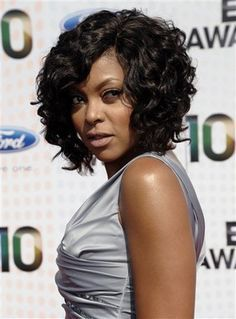 Taraji P Henson.my hair style icon! Long bob hairstyles are extremely in trends so wanna see the images of 20 Long Bob Hairstyles for Black Women? Here are the latest bob hairstyle trends for. Curly Crochet Hair Styles, Curly Hair Styles, Natural Hair Styles, Crochet Bob, Women's Curling, Curly Weave Hairstyles, Black Hairstyles, Hairstyles 2018, Crochet Weave Hairstyles