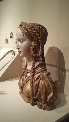 hairstyles to try at the Met