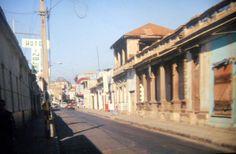 Calle Atacama, entre Yerbas Buenas y Yumbel, año 1988. Recuerdo que esta foto la tomé un día domingo por la mañana.