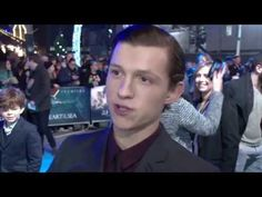 Tom Holland Interview - In The Heart Of The Sea European Premiere - YouTube