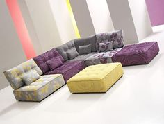 low couch: Arianna low seating designed by Fama