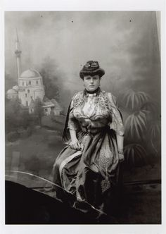 Sarajevo Bey's costume for unmarried townswomen, © The National Museum of Bosnia and Herzegovina