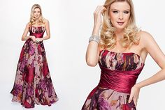wonderful print dress by Suely Caliman