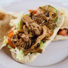 short cut bbq pulled chicken sandwich with pita bread Pulled Chicken Sandwiches, Wrap Sandwiches, Pita Wrap, Gyro Recipe, I Want Food, Food Shows, Wrap Recipes, Yummy Eats, Tasty Dishes