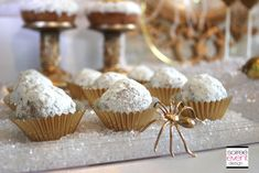   �Bitten� Snow White Witch�s party   Budget Chic Tips   Gold Trend   http://soiree-eventdesign.com