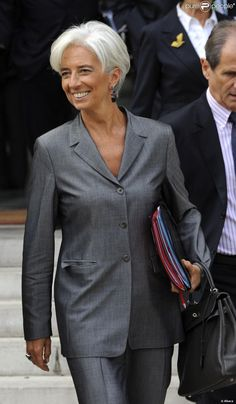 FRANCE: Christine Lagarde is a French lawyer and Union for a Popular Movement politician who has been the Managing Director of the International Monetary Fund since 5 July Women we admire;Christine Lagarde, head of the IMF, a warm Winter with silver Silver Grey Hair, White Hair, Gray Hair, Short Hair Cuts, Short Hair Styles, Beautiful Old Woman, Advanced Style, Ageless Beauty, Going Gray