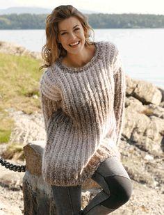 Free knitting patterns and crochet patterns by DROPS Design Knit Vest Pattern, Sweater Knitting Patterns, Easy Crochet Patterns, Free Knitting, Drops Design, Pull Long, Crochet Clothes, Pulls, Free Pattern