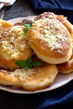 Salmon Burgers, I Foods, Grilling, Food And Drink, Cooking Recipes, Sweets, Bread, Baking, Breakfast