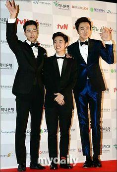 Jo In Sung + Do Kyung Soo + Lee Kwang Soo  *loving Kwang Soo's suit! So hot my lovely giraffe!