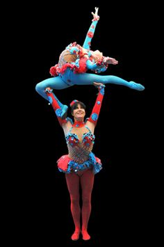 Acrobattys are a female contortion, acrobatic duo from the UK. They are based in the Canary Islands, Spain. Between them they have experience in casinos. Corporate Entertainment, Circus Performers, Contortionist, Dance Tips, Lift And Carry, Acro, Female Athletes, Pose Reference, Corporate Events