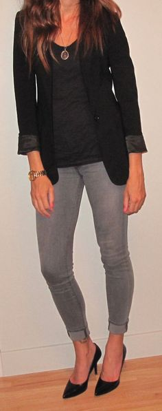 I love the gray jeans, and blazer!