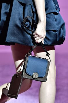 Marc Jacobs Spring 2015 Ready-to-Wear - Details - Gallery - Look 29 - Style.com