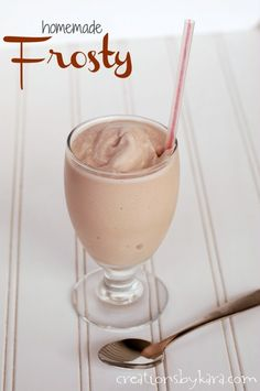 Homemade Wendys Frosty Copycat Recipe | 25+ CopyCat Restaurant Recipes | NoBiggie.net