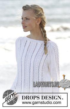 Вязаный спицами красивый летний джемпер с косами и ажуром