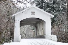Photographing Oregon: Larwood Covered Bridge, Oregon