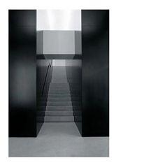 Inspirational architecture. Helmut Lang - New York - Gluckman Mayner Architects - 1997 #architecture #inspiration #fashiondesign #helmutlang #newyork #usa #black #grey #symetric #ignore #ignorethebrand #photography #arts #cultural