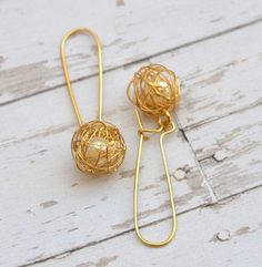 Bridesmaids Gifts , Pearl Bridal Earrings , Wedding Earrings , Gold and Pearl Earrings by AlmaJewelryShop on Etsy https://www.etsy.com/listing/220682489/bridesmaids-gifts-pearl-bridal-earrings