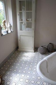 Love the tiles Retro Bathrooms, Ensuite Bathrooms, Hastings House, Toilet Design, House Tiles, Portuguese Tiles, Minimalist Furniture, Bathroom Kids, Downstairs Toilet