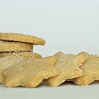 SOETKOEKIES by Lynette van Heerden South African Desserts, South African Recipes, Biscuit Cookies, Afrikaans, Kos, Nom Nom, Biscuits, Muffins, Deserts