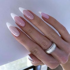 Acrylic Nail Designs Classy, Simple Acrylic Nails, Almond Acrylic Nails, Classy Nails, Stylish Nails, Cute Nails, Minimalist Nails, Oval Nails, Luxury Nails