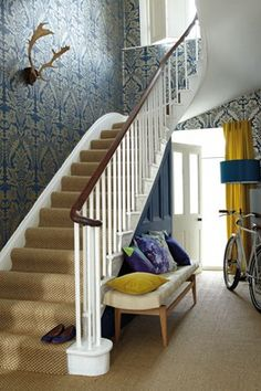Interior, small hallway downstair house design with dado rail and wall pattern ideas ~ 35 Dado Rail Hallway, Hall Wallpaper, Damask Wallpaper, Gold Wallpaper Hallway, Wallpaper Staircase, Flock Wallpaper, Paint Wallpaper, Decoration Hall, Ladders