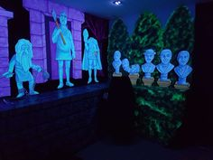 Brynn's 11th Blacklight Disney's Haunted Mansion Party | CatchMyParty.com