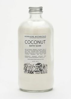Herbivore botanicals organic coconut bath soak—perfect for hydrating skin. Coconut Milk Powder, Organic Coconut Milk, Organic Beauty, Organic Skin Care, Eco Beauty, Natural Beauty, Vanilla Oil, Milk Bath, Bath Soak