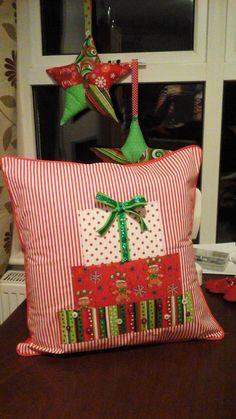 Christmas Stockings, Holiday Decor, Crafts, Home Decor, Needlepoint Christmas Stockings, Manualidades, Decoration Home, Room Decor, Christmas Leggings