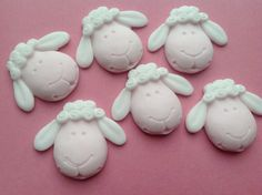 6 cute hand crafted edible sheep cupcake toppers, cake decorations.  Approx 3.7 cm across flat back design, you only need 1 per cupcake.