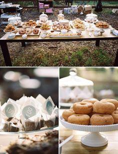 (vía Weddings ❤ / sunrise wedding donut bar)