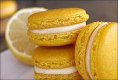 lemon curd macarons