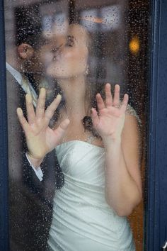 Love this wedding photo in case it rains on the day of
