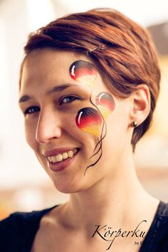 Facepainting Weltmeisterschaft Fußball Soccer Championship Ballons Balloons Eyedesign Kinderschminken extreme xtreme Fasching Fastnacht Karneval Make Up Deutschland Germany Körperkunst by Esther Keller