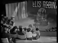 Wonderful ELIS REGINA on ITALIAN Tv - Famous Brasil songs