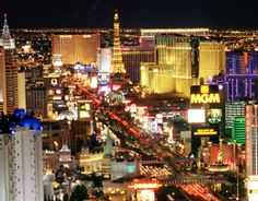 Battle of Las Vegas Buffets Bacchanal of Caesars Palace v.s. Wicked Spoon of Cosmopolitan - Toms Foodie Blog