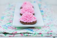 buttercream sugar cookies by robindu