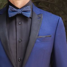 """Navy and black is a stylish power move. Go ahead, break the """"rules."""""""